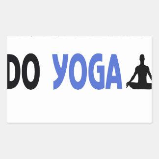 Adesivo Retangular o homem real faz a ioga