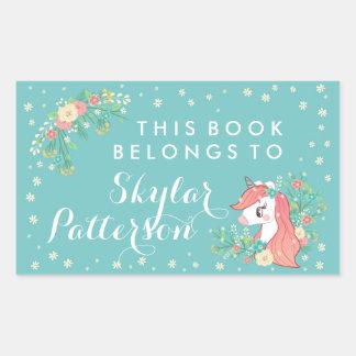 Adesivo Retangular O unicórnio floral bonito este livro pertence a