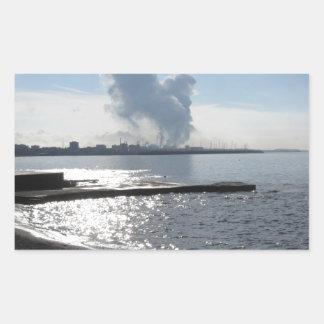 Adesivo Retangular Paisagem industrial ao longo da costa