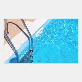 Adesivo Retangular Piscina azul com escada