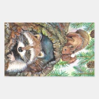 Adesivo Retangular Racoon no furo da árvore com esquilo