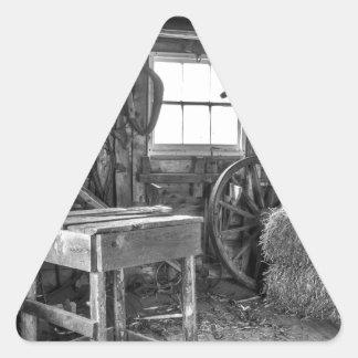 Adesivo Triangular A oficina velha