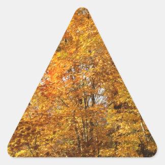 Adesivo Triangular Árvores da queda