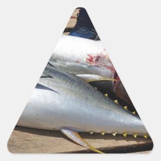 Adesivo Triangular atum amarelo das aletas