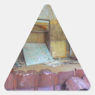 Adesivo Triangular Auditório 01,0, lugares perdidos, Beelitz