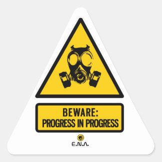 Adesivo Triangular Beware: progresso em andamento