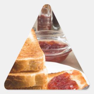 Adesivo Triangular Brinde fritado com doce de morango