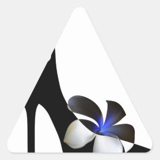 Adesivo Triangular Elegante preto alto-colocou saltos calçados.