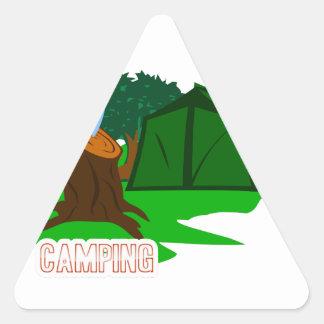 Adesivo Triangular Faca e barraca de acampamento