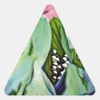 Adesivo Triangular Lírio das flores do vale escondidas nas folhas