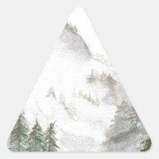Adesivo Triangular Montanhas enevoadas