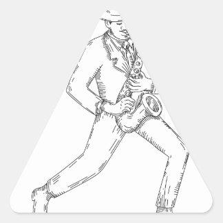 Adesivo Triangular Músico de jazz que joga o saxofone Monoline