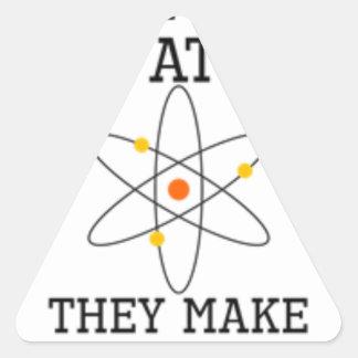 Adesivo Triangular Nunca confie um átomo - ciência engraçada