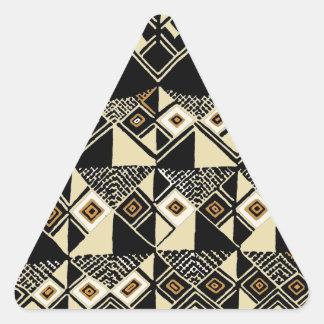Adesivo Triangular O africano Kuba inspirou o design