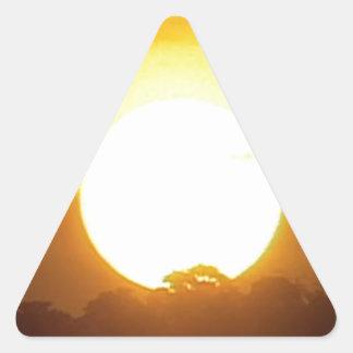Adesivo Triangular o kground adiciona o por do sol CONHECIDO da FOTO