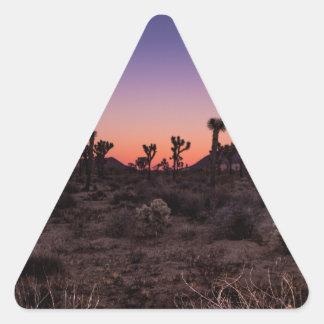 Adesivo Triangular Parque nacional de árvore de Joshua do por do sol