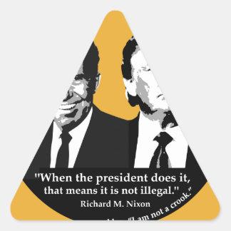 Adesivo Triangular Presidente nao ilegal