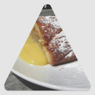 Adesivo Triangular Strudel de maçã deliciosa com creme da baunilha