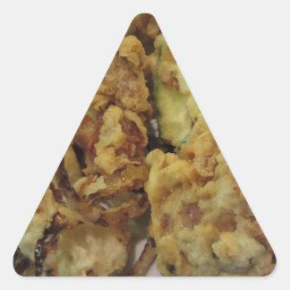 Adesivo Triangular Vegetais crocantes panados e fritados com limão