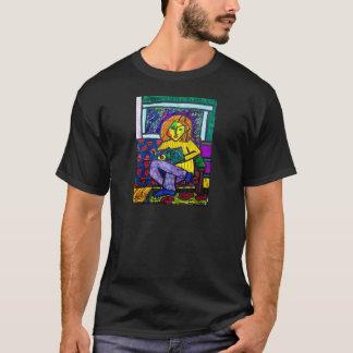 Adolescente no sofá por Piliero Camiseta
