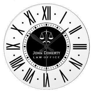 Advogado em preto clássico & no branco da lei | relógios para pendurar