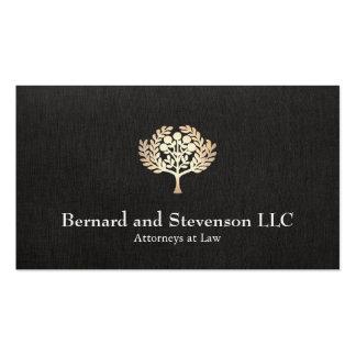 Advogado na folha de ouro do falso da lei e no cartão de visita