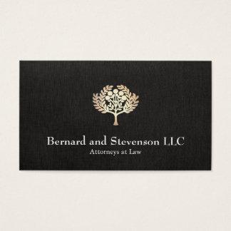 Advogado na folha de ouro do falso da lei e no cartão de visitas