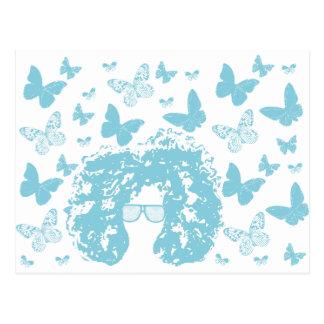 Afro, borboletas e óculos de sol cartão postal