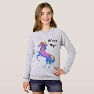 Agasalho A menina acredita na camisola mágica do unicórnio