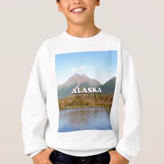Agasalho Alaska: montanhas, floresta e rio, EUA