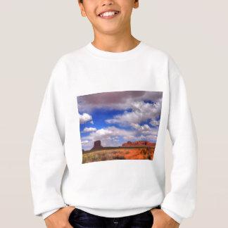 Agasalho Nuvens sobre o deserto