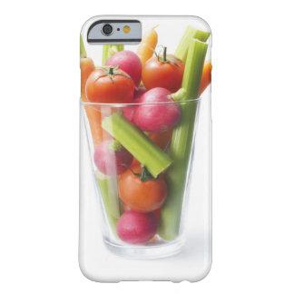 Agitação do vegetal cru capa barely there para iPhone 6