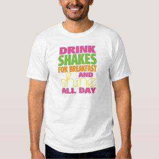 Agitação e brilho camisetas
