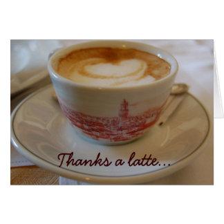 Agradece a um cartão da apreciação do latte