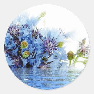 Água floral azul do espaço livre do arranjo da adesivo