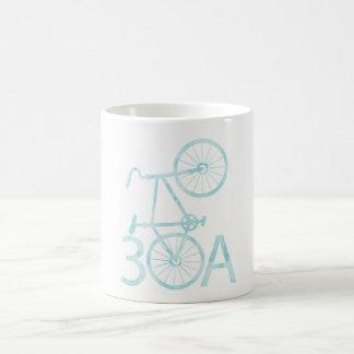 Aguarela 30A com caneca da bicicleta