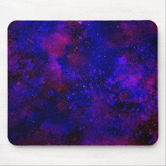 Aguarela manchado de tinta do universo azul roxo e mouse pad