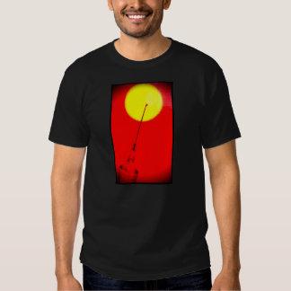 Agulha no sol t-shirts