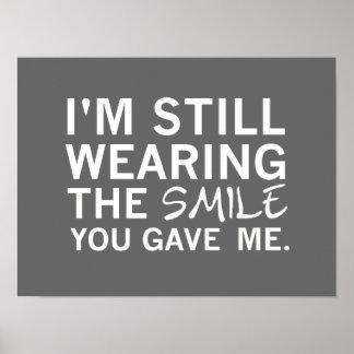 Ainda vestindo o sorriso você deu-me - o poster