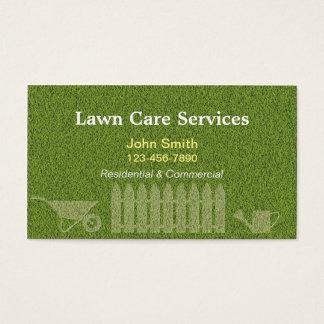 Ajardinando a jardinagem do cuidado do gramado cartão de visitas