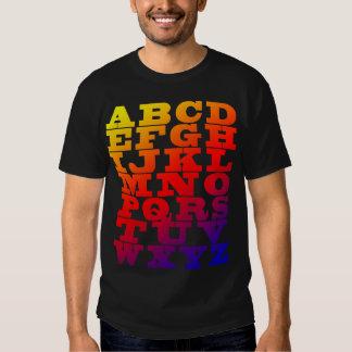 Alfabeto inglês das cores t-shirt
