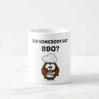 Alguém disse o CHURRASCO? Caneca de café engraçada