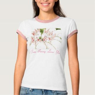 Algum coelho ama-o - a camisa branca dos coelhos t-shirts