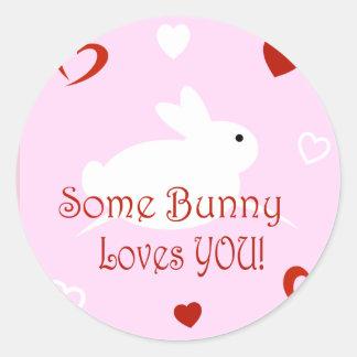 Algum coelho ama-o etiquetas do dia dos namorados