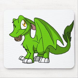 Algum dragão peludo do SD da cor com rosquinha 1 Mouse Pad