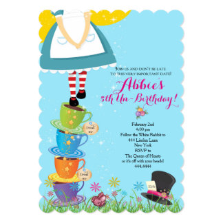 Alice no convite do aniversário do país das