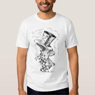 Alice no país das maravilhas: Esboço louco do Tshirt