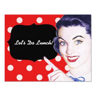almoço da mulher apontando dos anos 50 convite