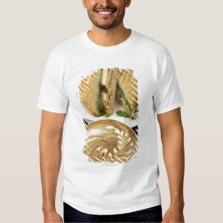 Almoço do Cappuccino e do panini T-shirt