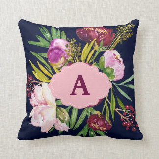 Almofada A aguarela roxa das peônias floresce o monograma